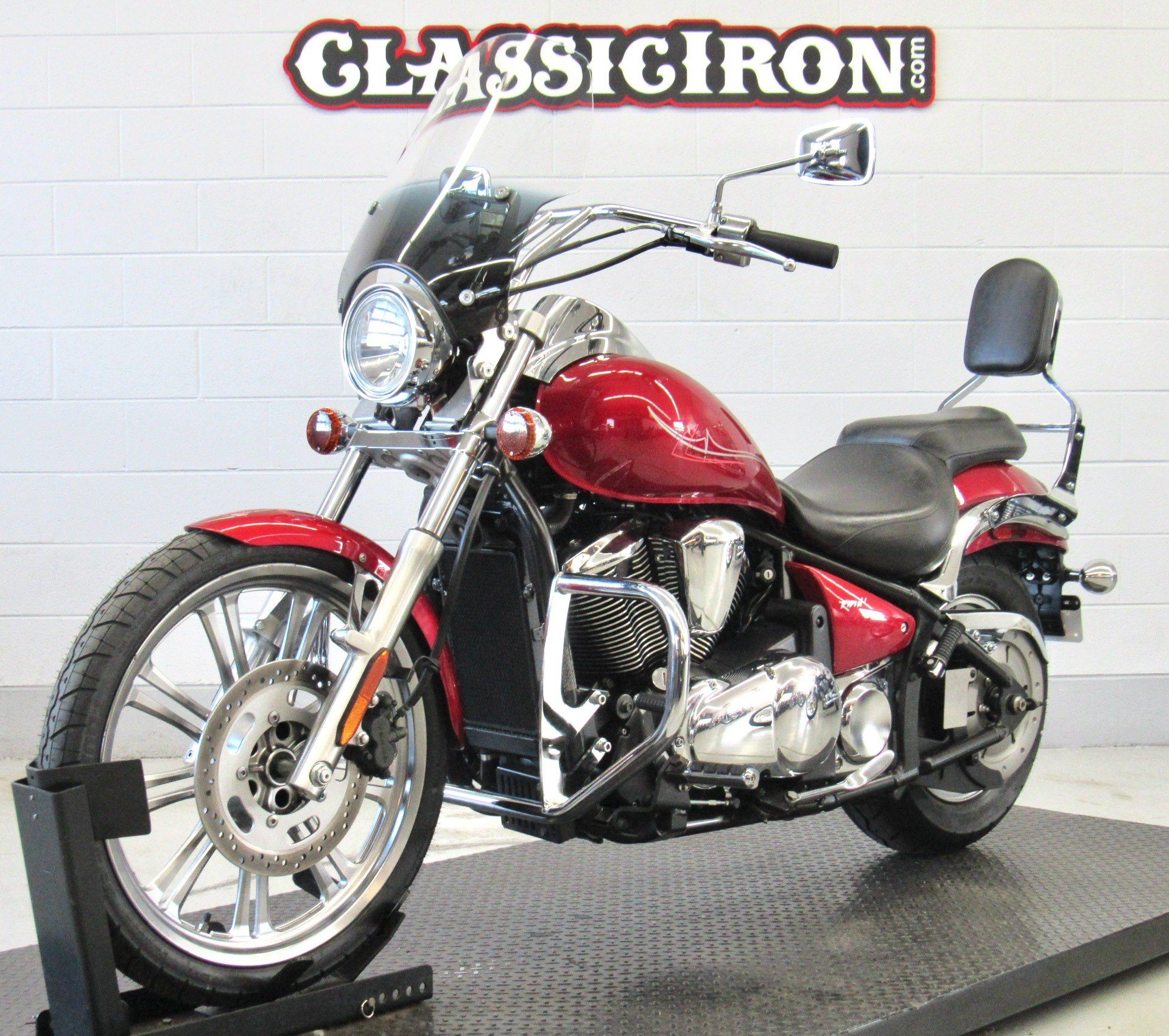 2007 Kawasaki Vulcan® 900 Custom in Fredericksburg, Virginia - Photo 3