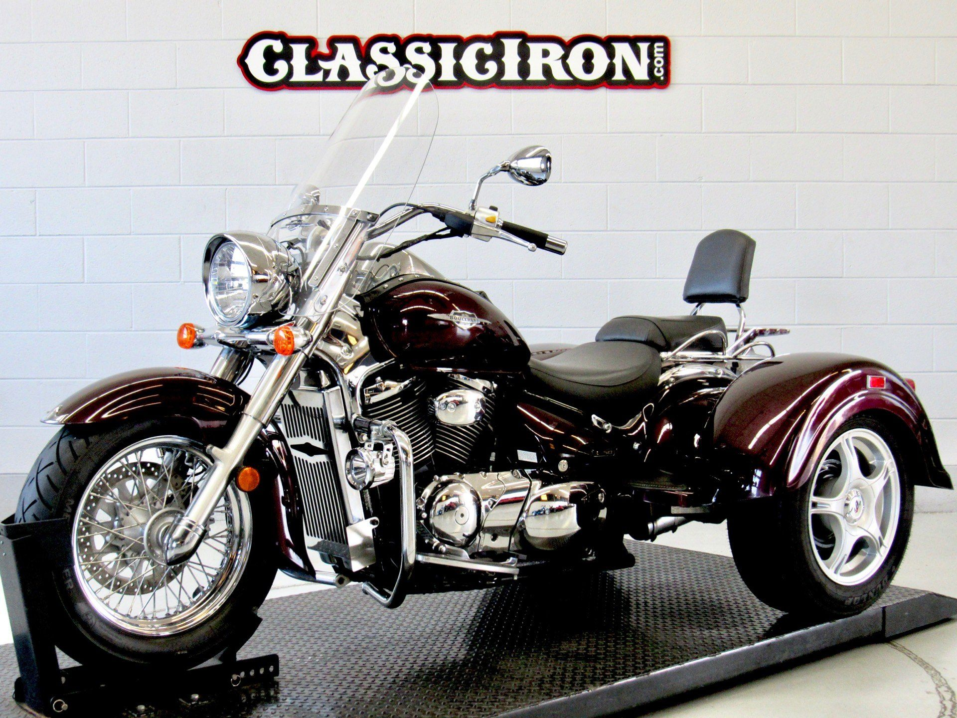 2009 Suzuki Boulevard C50 in Fredericksburg, Virginia - Photo 4