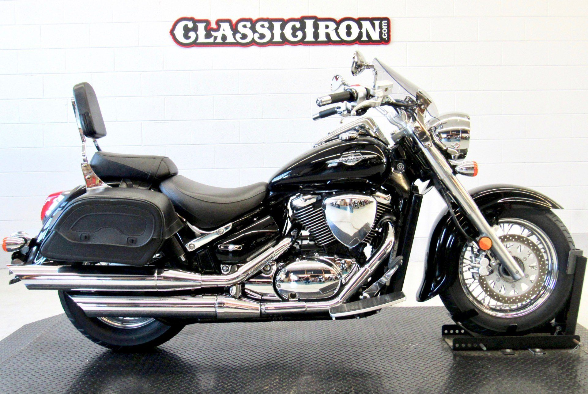 2009 Suzuki Boulevard C50 in Fredericksburg, Virginia - Photo 1