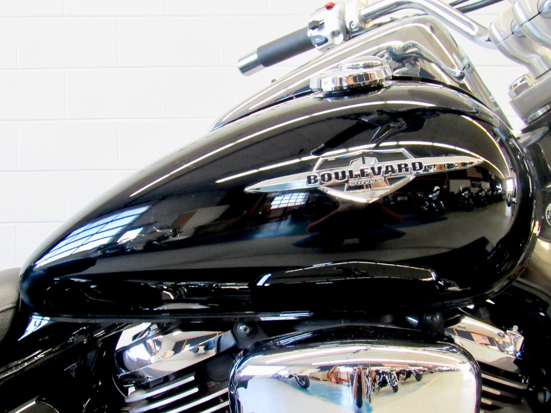2009 Suzuki Boulevard C50 in Fredericksburg, Virginia - Photo 13