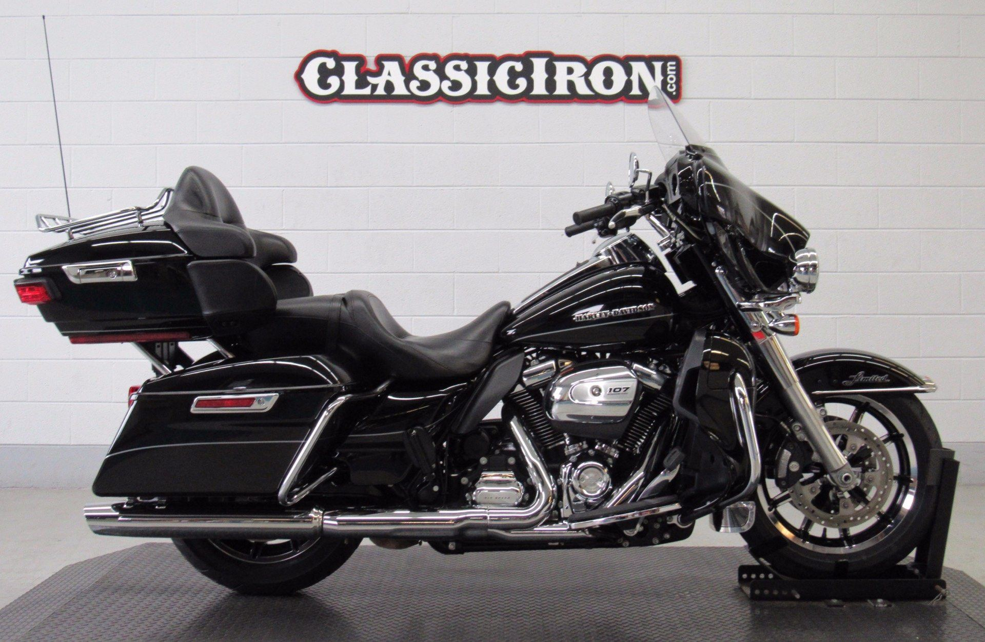 2017 Harley-Davidson Ultra Limited Low in Fredericksburg, Virginia