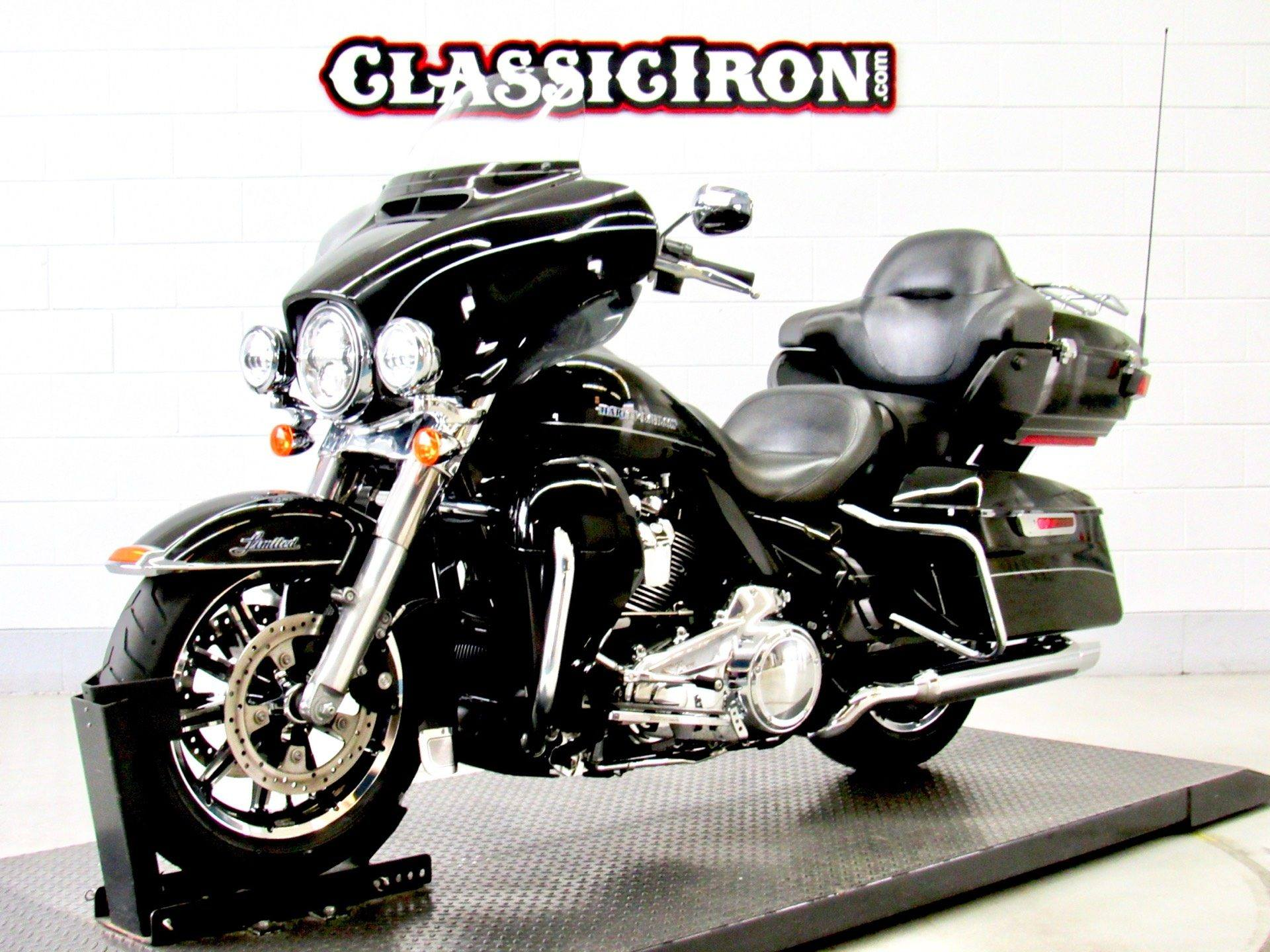 2017 Harley-Davidson Ultra Limited Low in Fredericksburg, Virginia - Photo 3