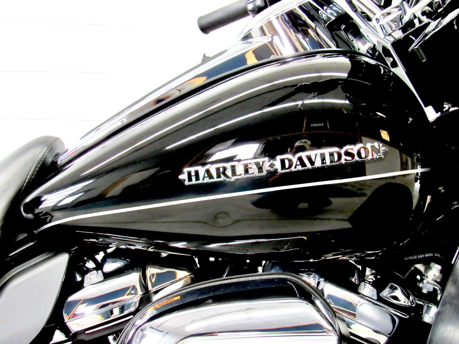 2017 Harley-Davidson Ultra Limited Low in Fredericksburg, Virginia - Photo 13