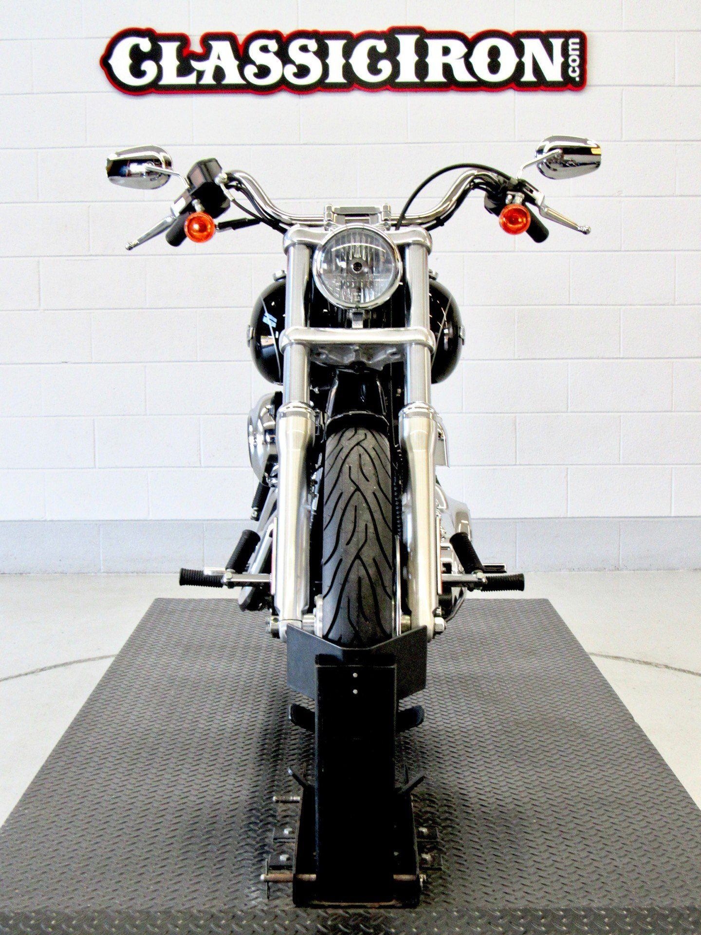 2012 Harley-Davidson Dyna® Super Glide® Custom in Fredericksburg, Virginia - Photo 7