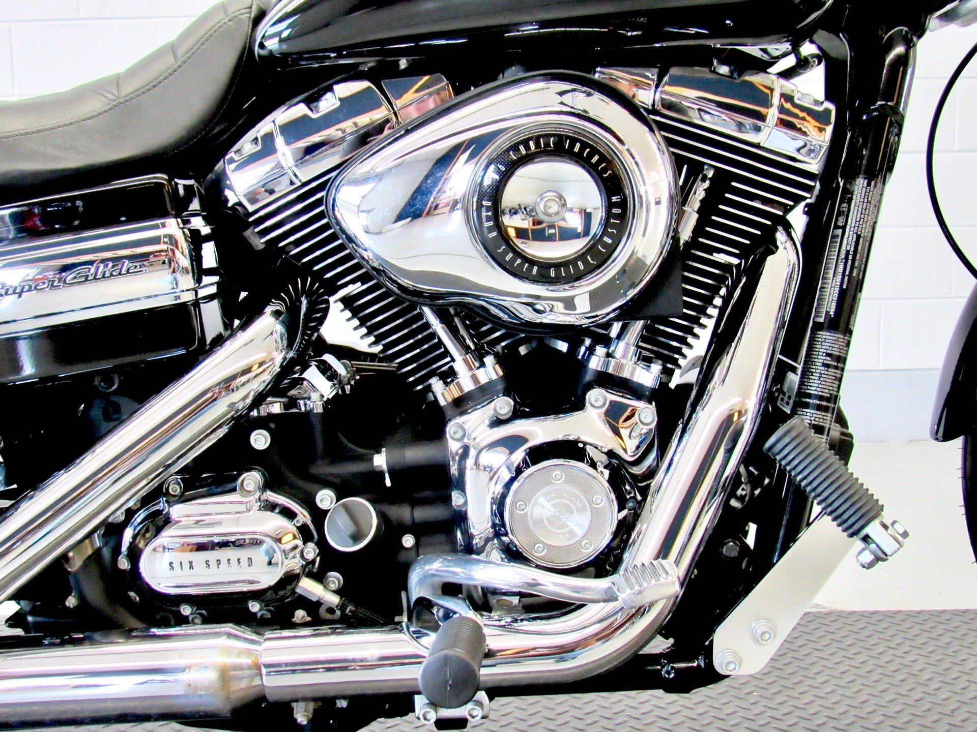 2012 Harley-Davidson Dyna® Super Glide® Custom in Fredericksburg, Virginia - Photo 14