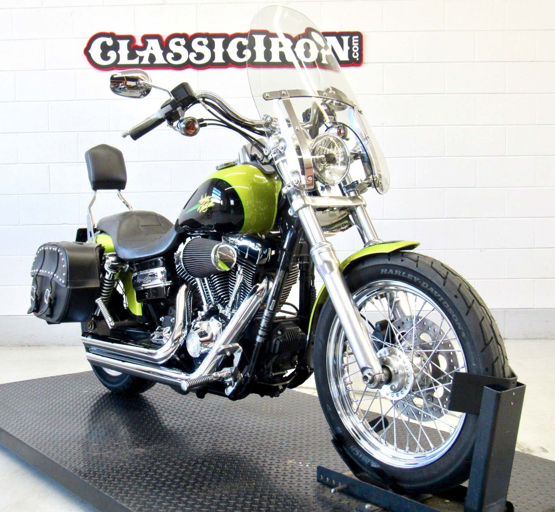 2011 Harley-Davidson Dyna® Super Glide® Custom in Fredericksburg, Virginia - Photo 2