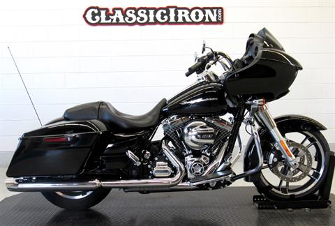 2015 Harley-Davidson Road Glide® in Fredericksburg, Virginia