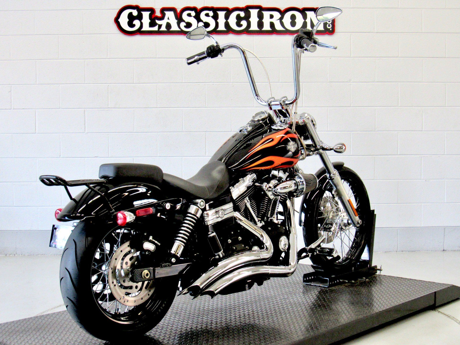 2011 Harley-Davidson Dyna® Wide Glide® in Fredericksburg, Virginia - Photo 5