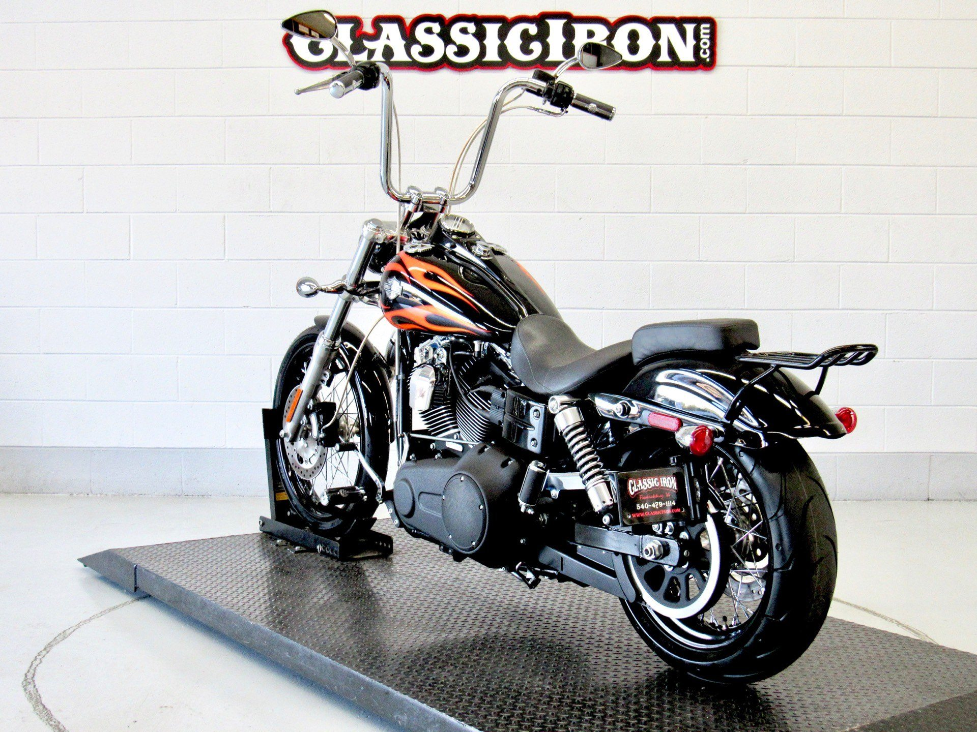2011 Harley-Davidson Dyna® Wide Glide® in Fredericksburg, Virginia - Photo 6