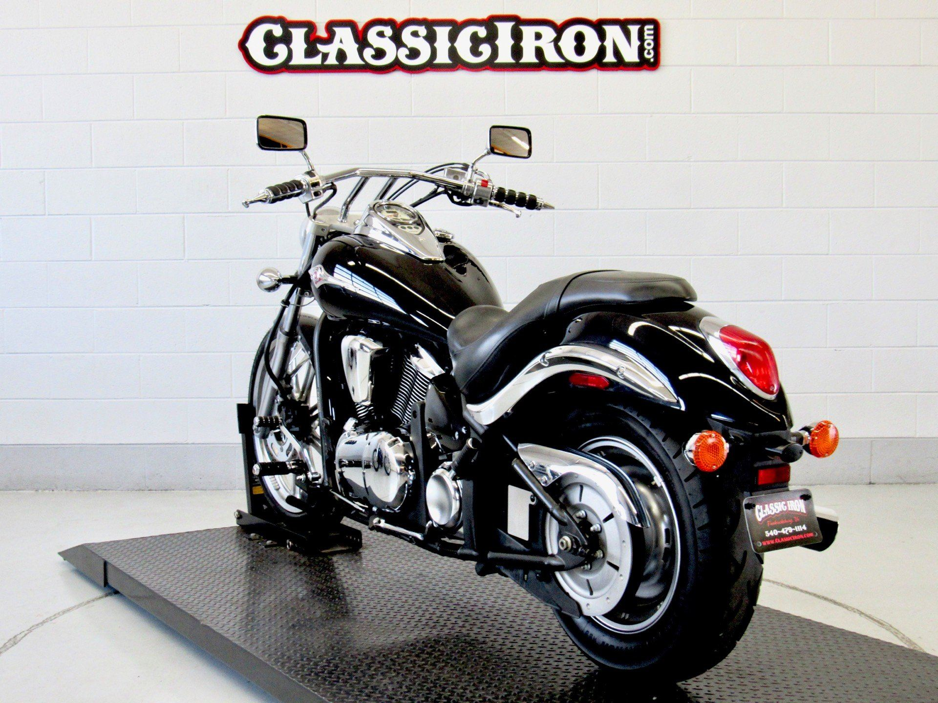 2009 Kawasaki Vulcan® 900 Custom in Fredericksburg, Virginia - Photo 6