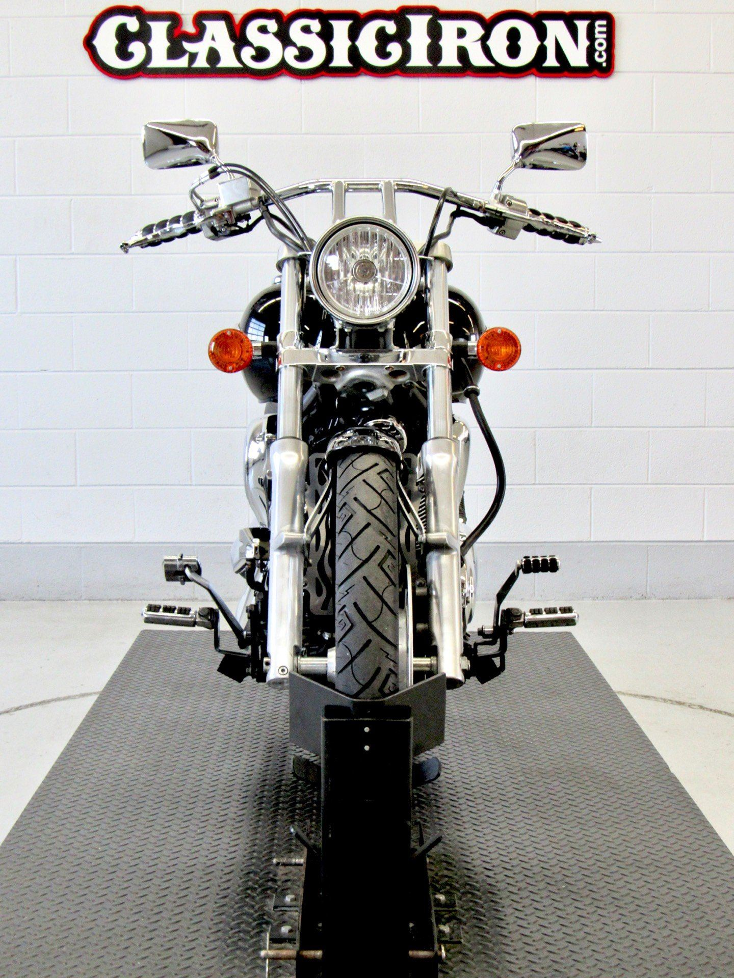 2009 Kawasaki Vulcan® 900 Custom in Fredericksburg, Virginia - Photo 7
