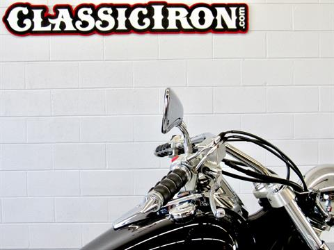 2009 Kawasaki Vulcan® 900 Custom in Fredericksburg, Virginia - Photo 12