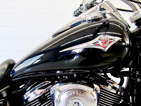2009 Kawasaki Vulcan® 900 Custom in Fredericksburg, Virginia - Photo 13