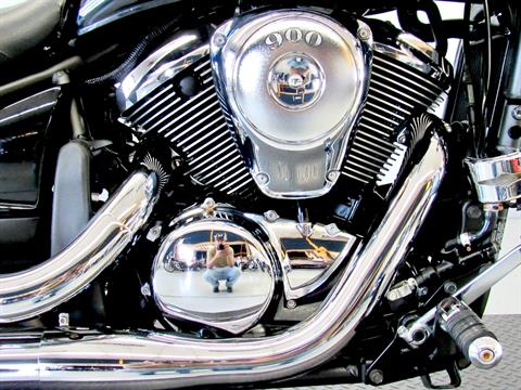 2009 Kawasaki Vulcan® 900 Custom in Fredericksburg, Virginia - Photo 14