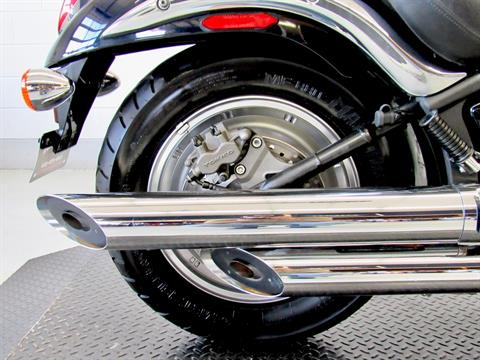 2009 Kawasaki Vulcan® 900 Custom in Fredericksburg, Virginia - Photo 15