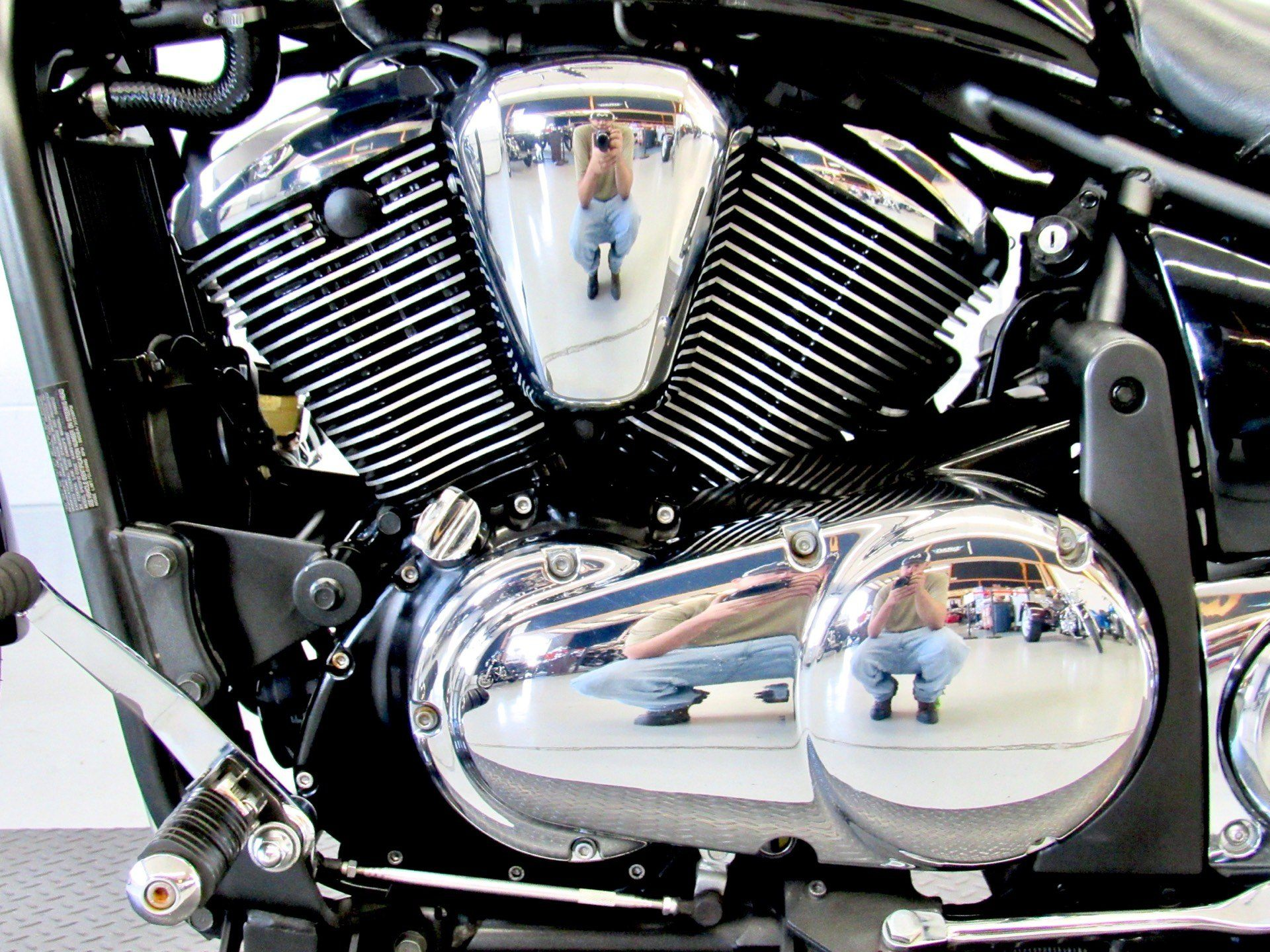 2009 Kawasaki Vulcan® 900 Custom in Fredericksburg, Virginia - Photo 19