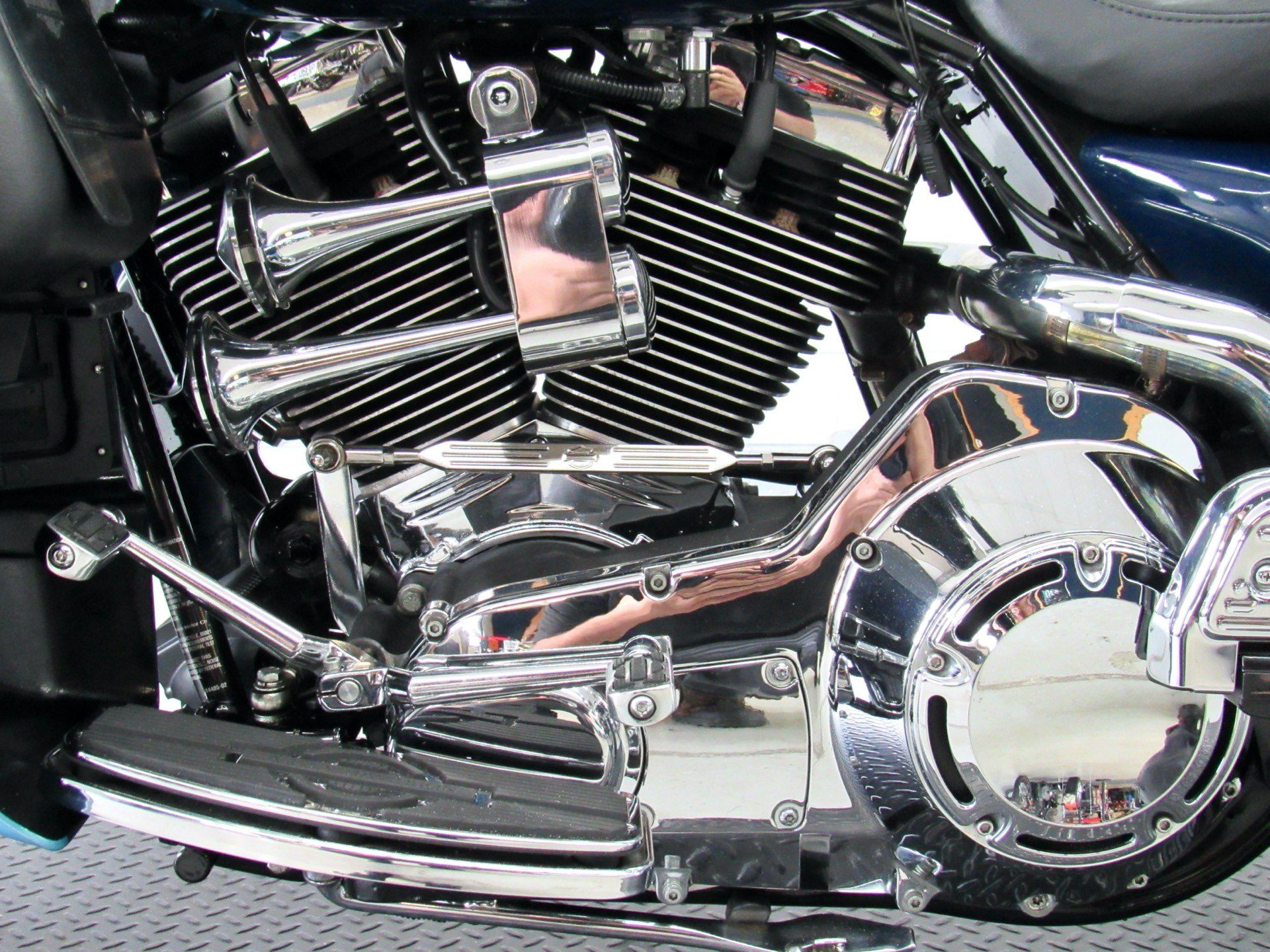2002 Harley-Davidson FLHTCUI Ultra Classic® Electra Glide® in Fredericksburg, Virginia - Photo 19
