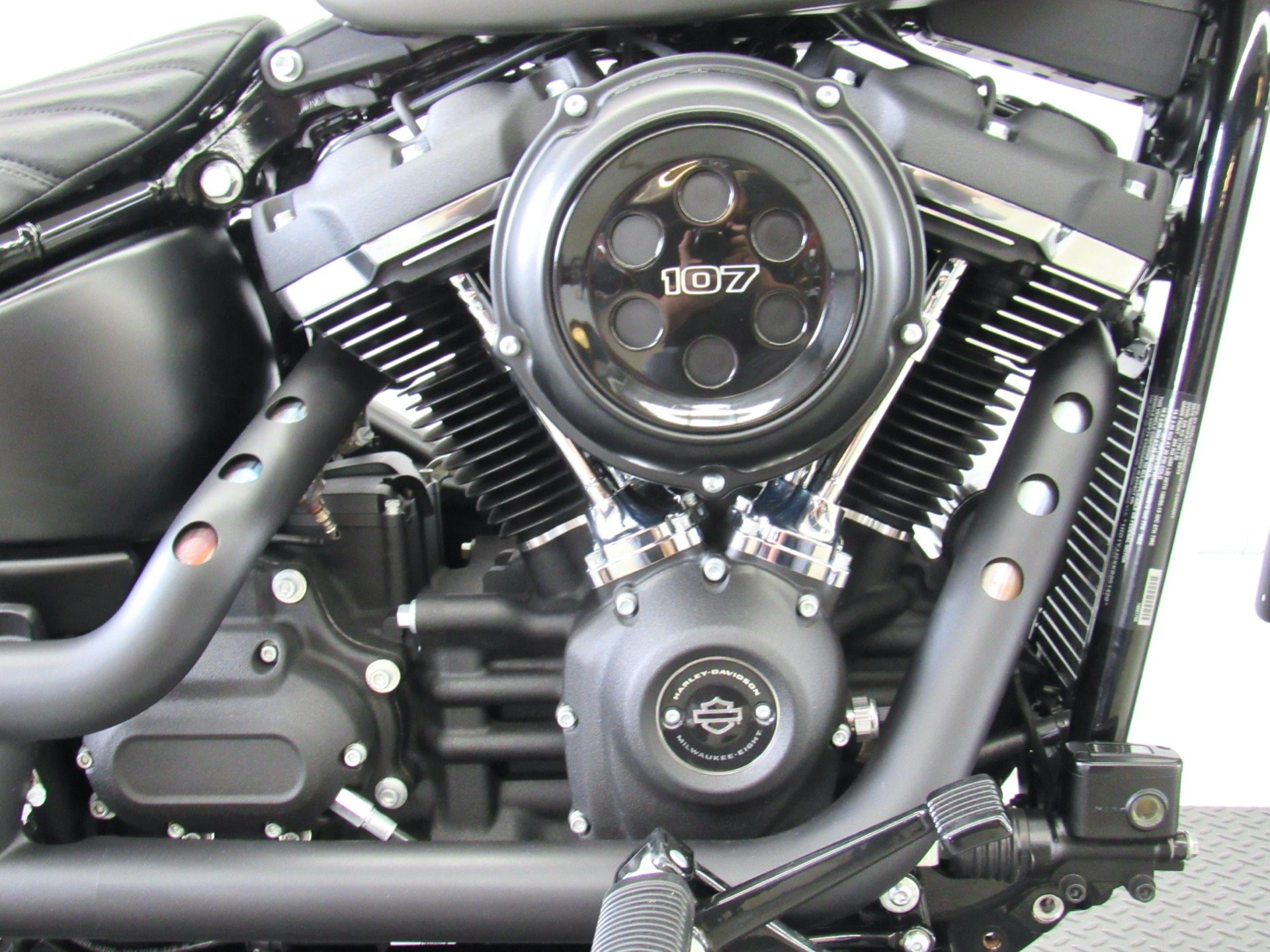 2019 Harley-Davidson Street Bob® in Fredericksburg, Virginia - Photo 14