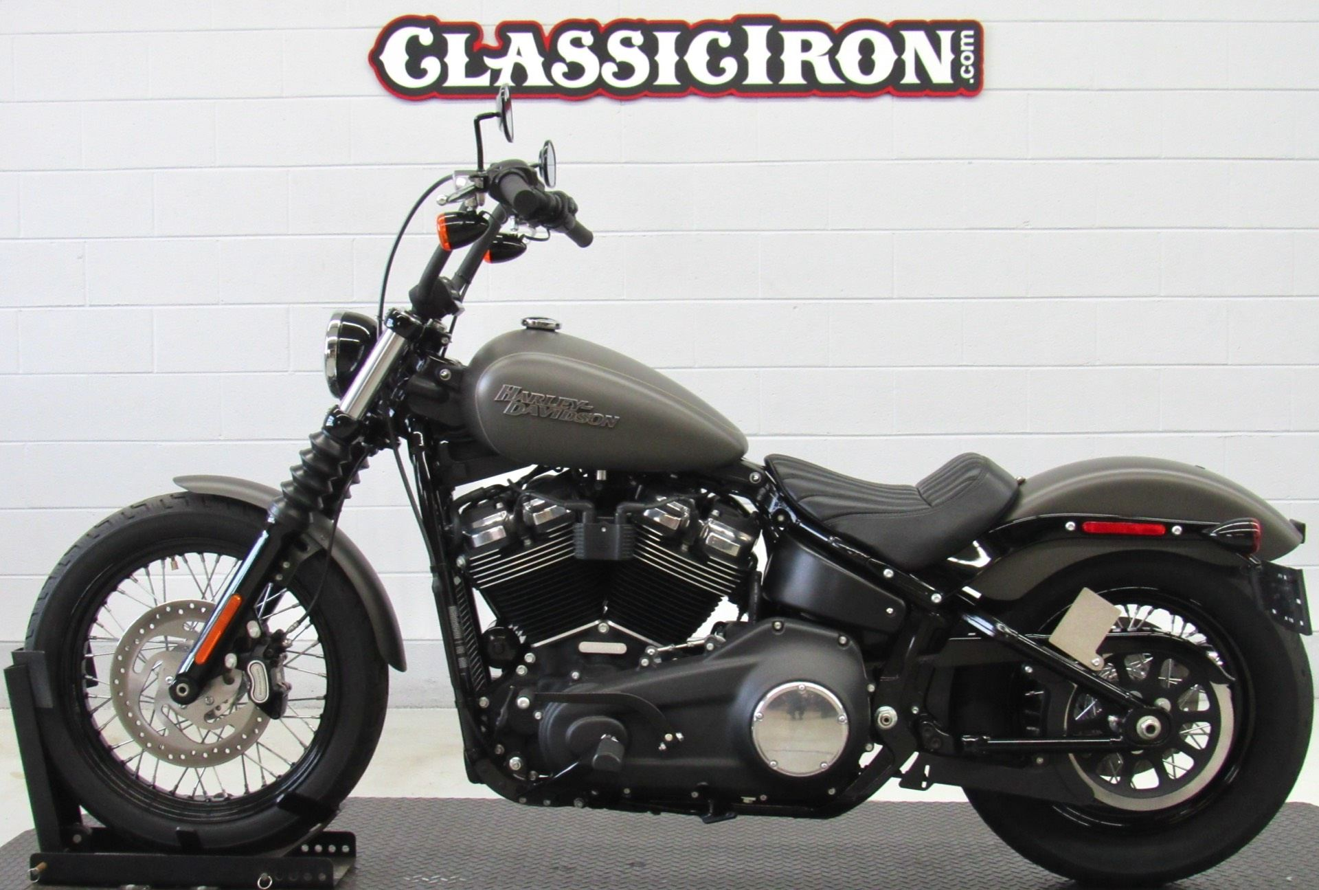 2019 Harley-Davidson Street Bob® in Fredericksburg, Virginia - Photo 4