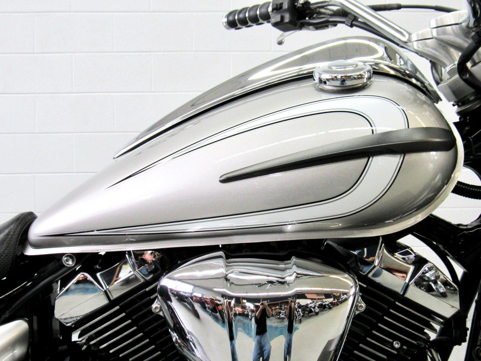 2012 Yamaha V Star 950  in Fredericksburg, Virginia - Photo 13