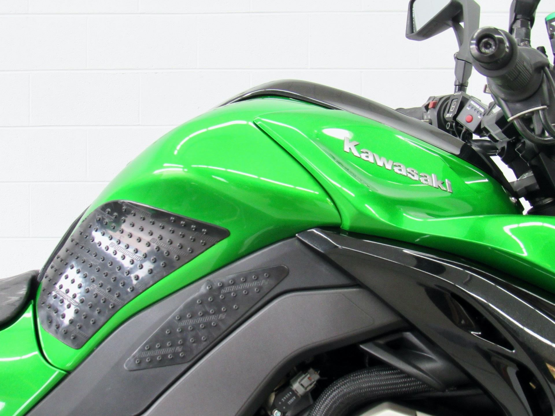 2015 Kawasaki Ninja® 1000 ABS in Fredericksburg, Virginia - Photo 13