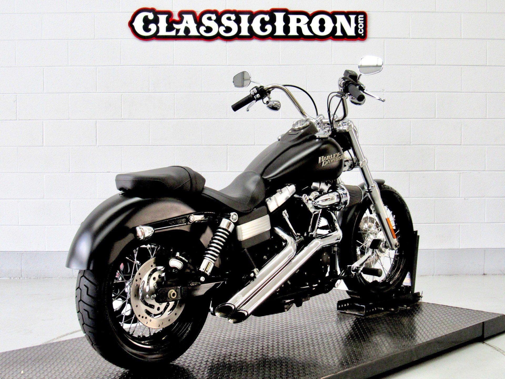 2011 Harley-Davidson Dyna® Street Bob® in Fredericksburg, Virginia - Photo 5