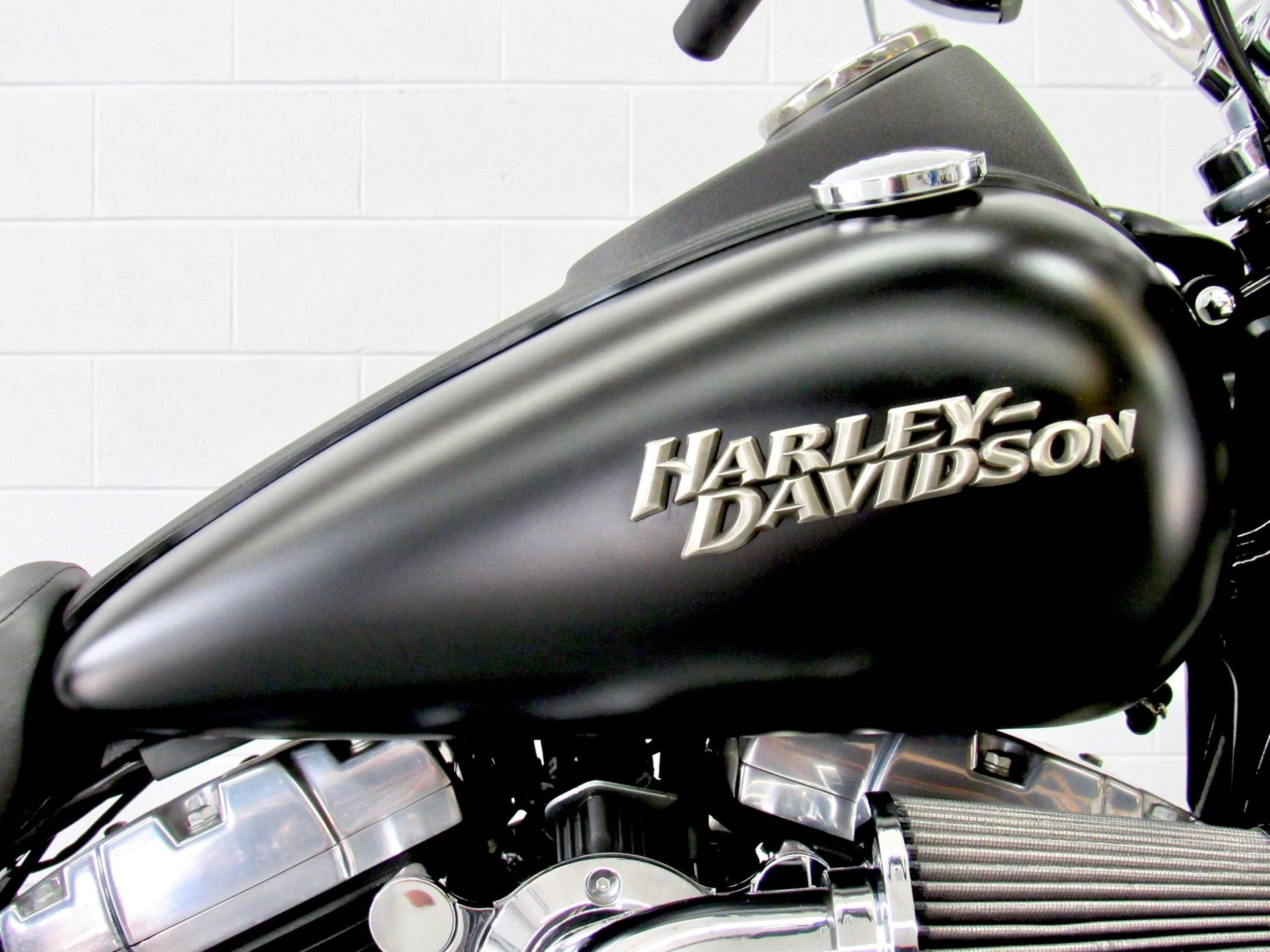 2011 Harley-Davidson Dyna® Street Bob® in Fredericksburg, Virginia - Photo 13