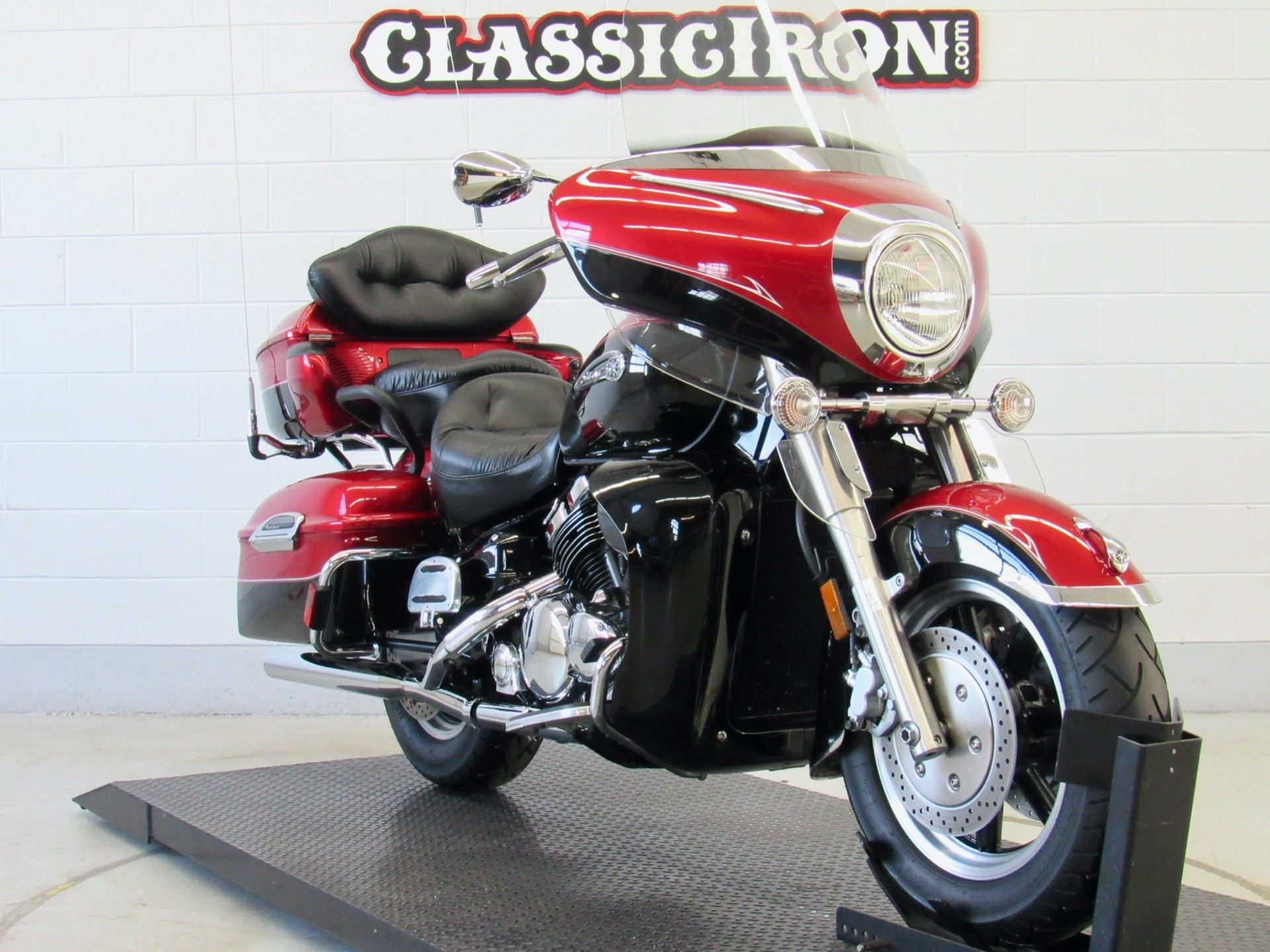 2009 Yamaha Royal Star Venture in Fredericksburg, Virginia - Photo 2