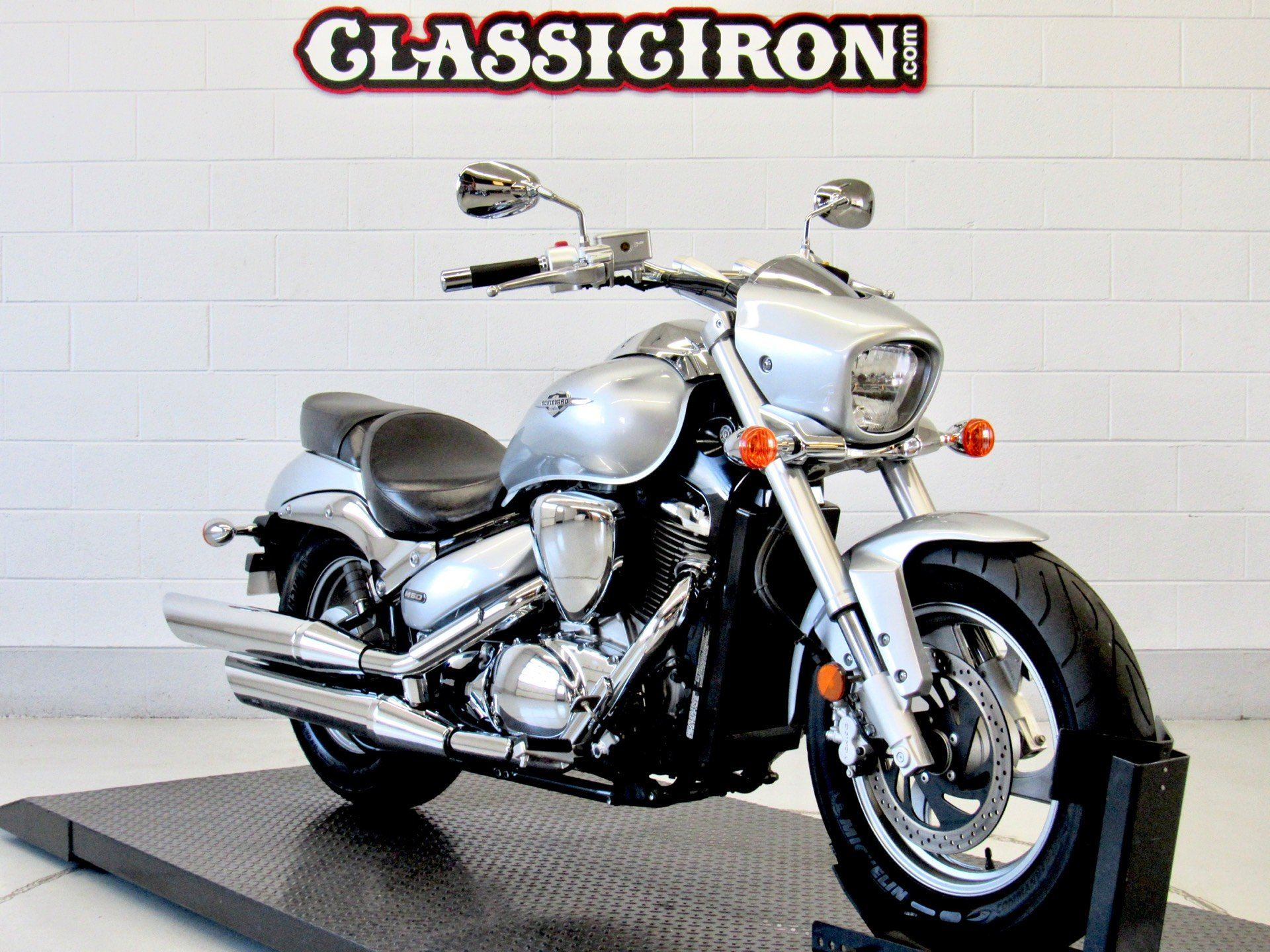 2013 Suzuki Boulevard M50 in Fredericksburg, Virginia - Photo 2