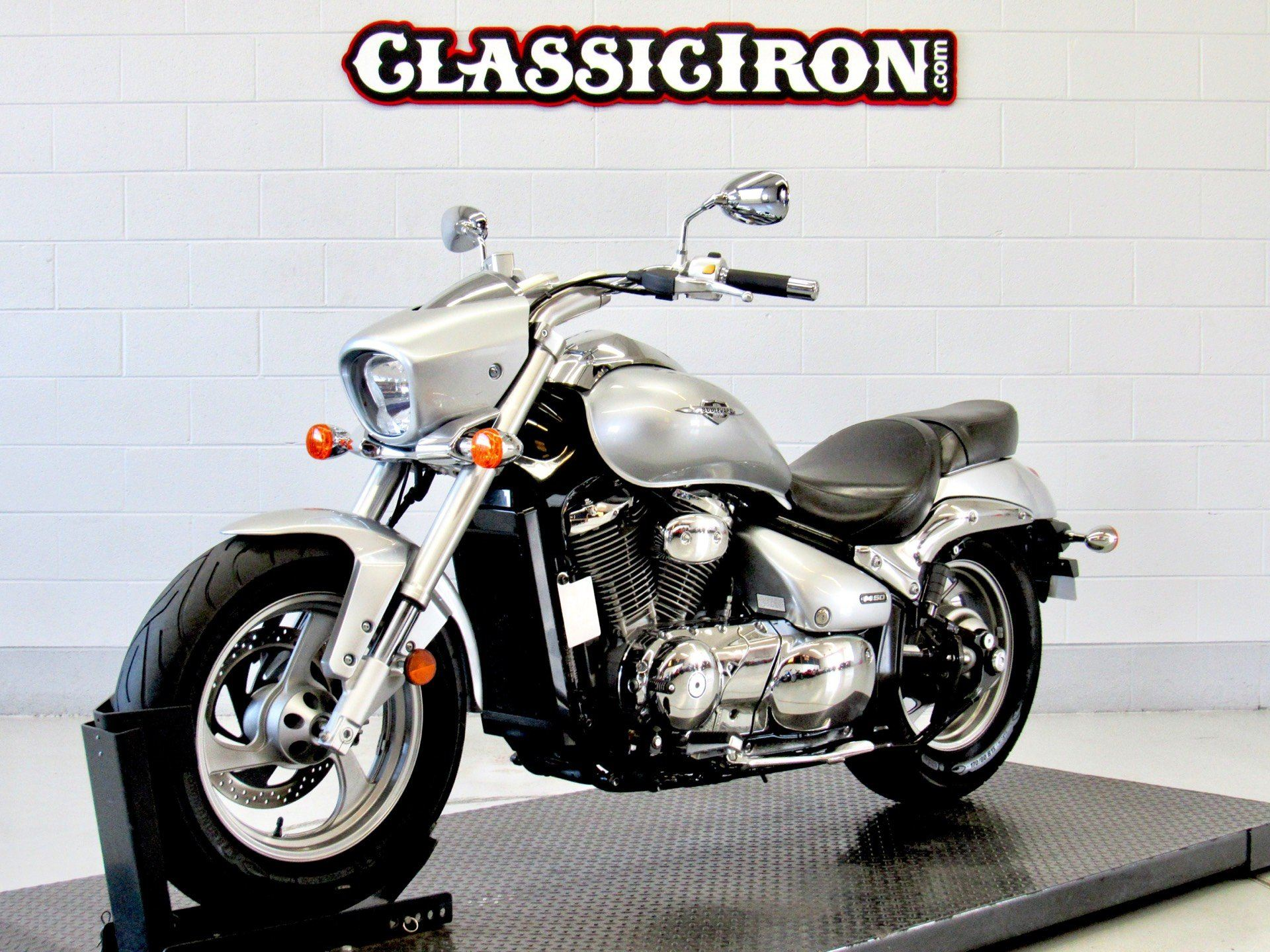 2013 Suzuki Boulevard M50 in Fredericksburg, Virginia - Photo 3