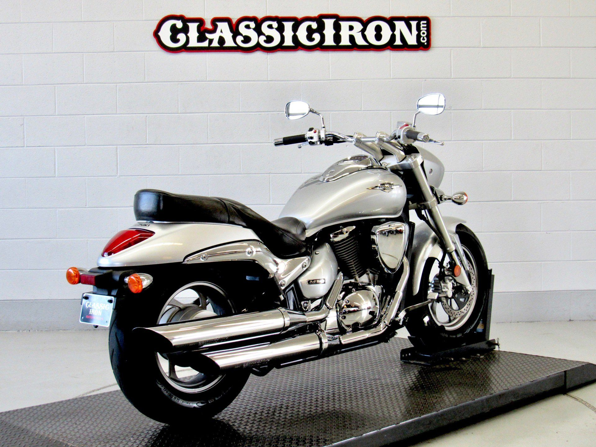 2013 Suzuki Boulevard M50 in Fredericksburg, Virginia - Photo 5