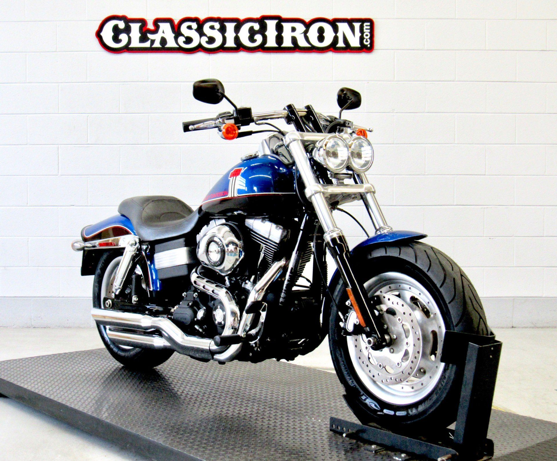 2010 Harley-Davidson Dyna® Fat Bob® in Fredericksburg, Virginia - Photo 2
