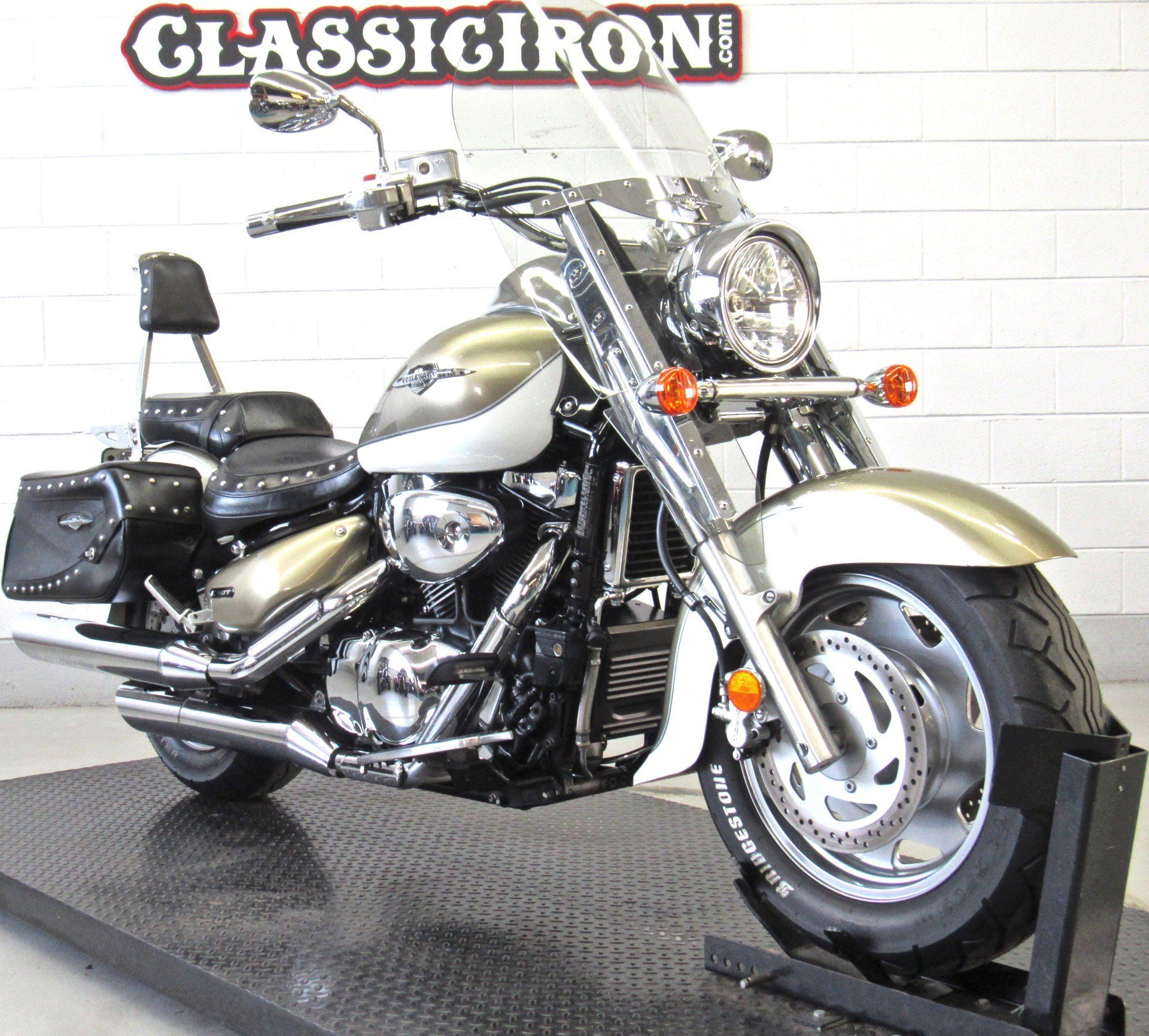 2008 Suzuki Boulevard C90T in Fredericksburg, Virginia - Photo 2