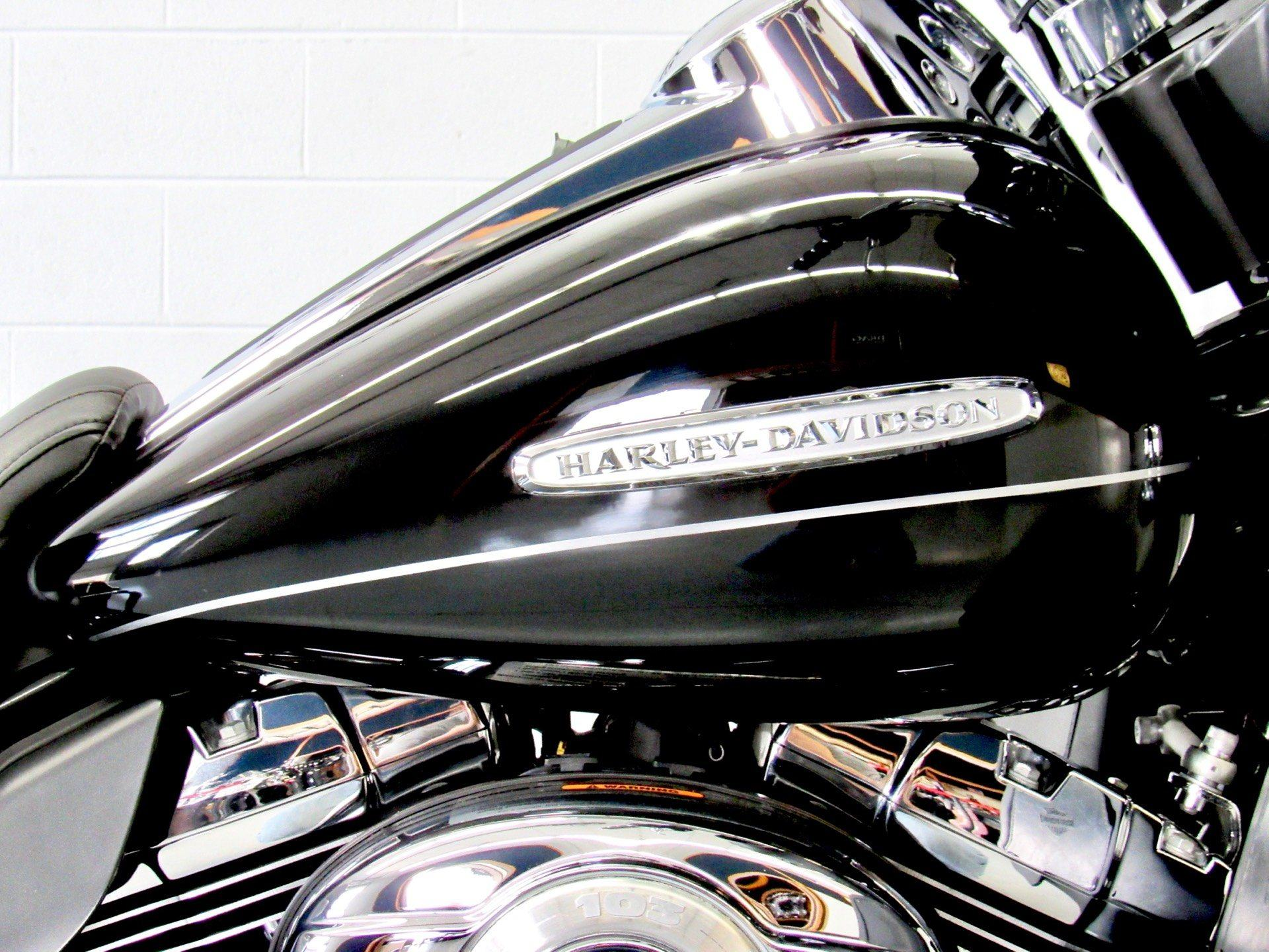 2011 Harley-Davidson Electra Glide® Ultra Limited in Fredericksburg, Virginia - Photo 13