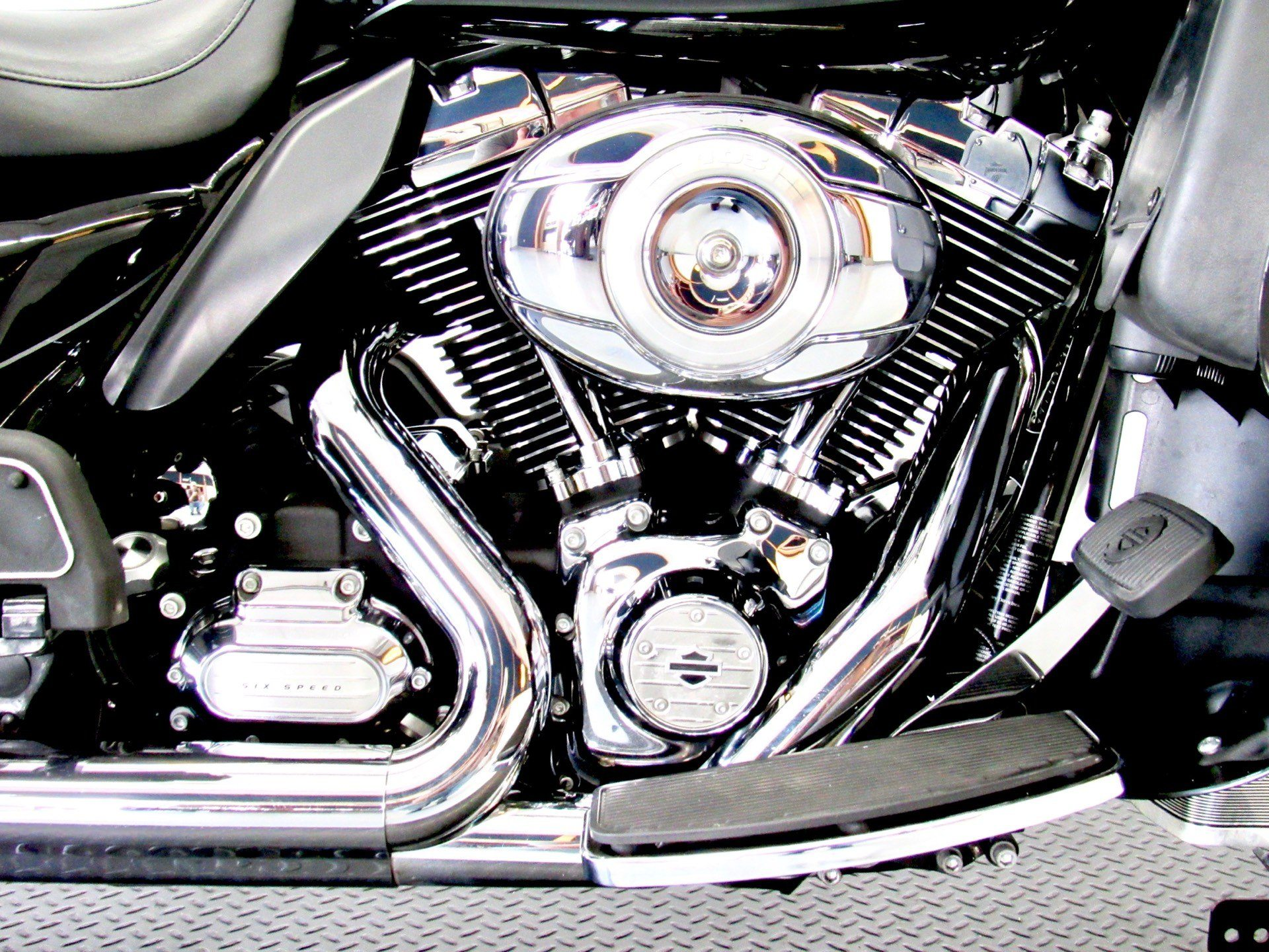 2011 Harley-Davidson Electra Glide® Ultra Limited in Fredericksburg, Virginia - Photo 14