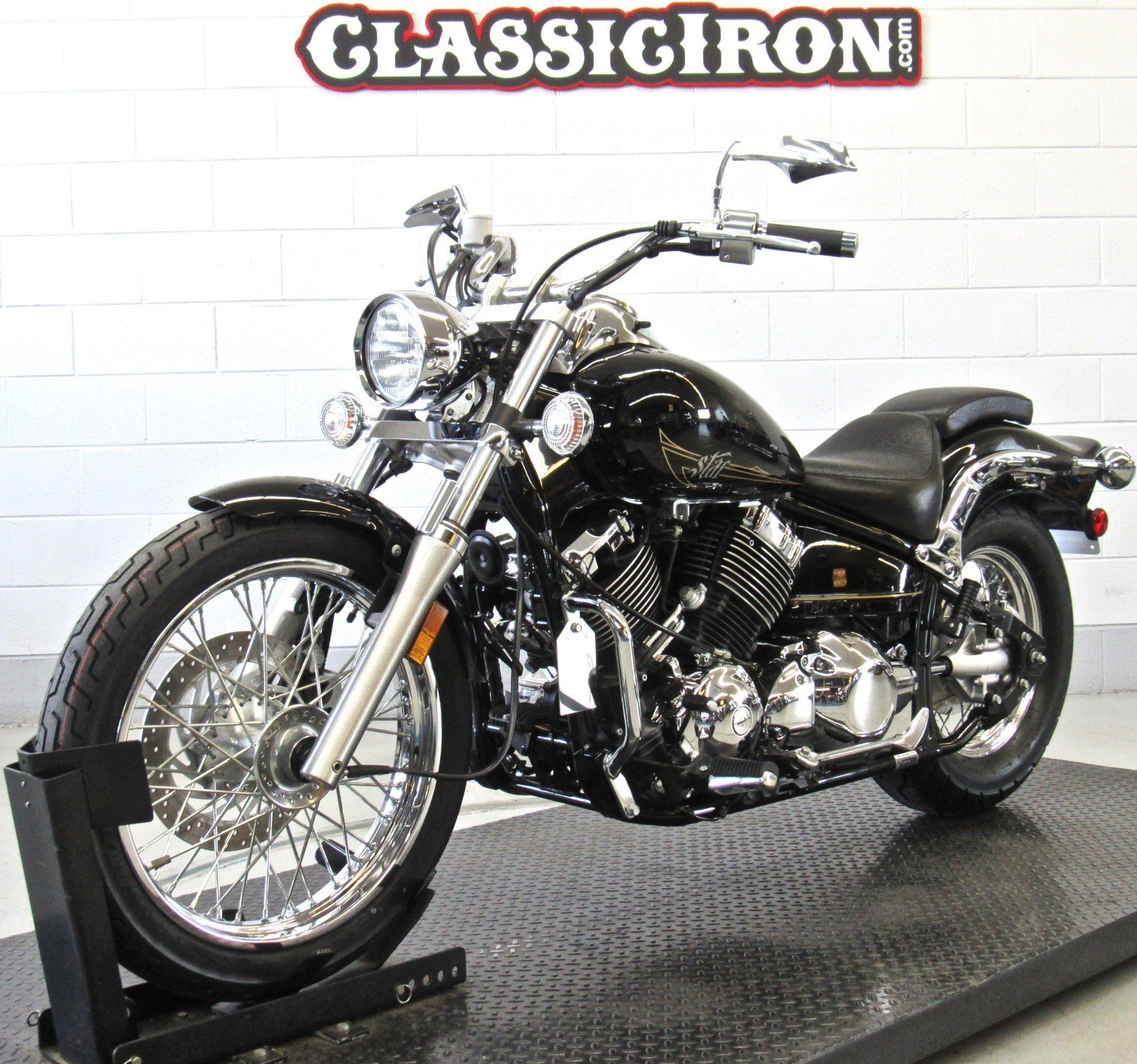 2013 Yamaha V Star 650 Custom in Fredericksburg, Virginia - Photo 3