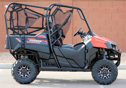 2018 Honda Pioneer 700-4 Deluxe in Kingman, Arizona