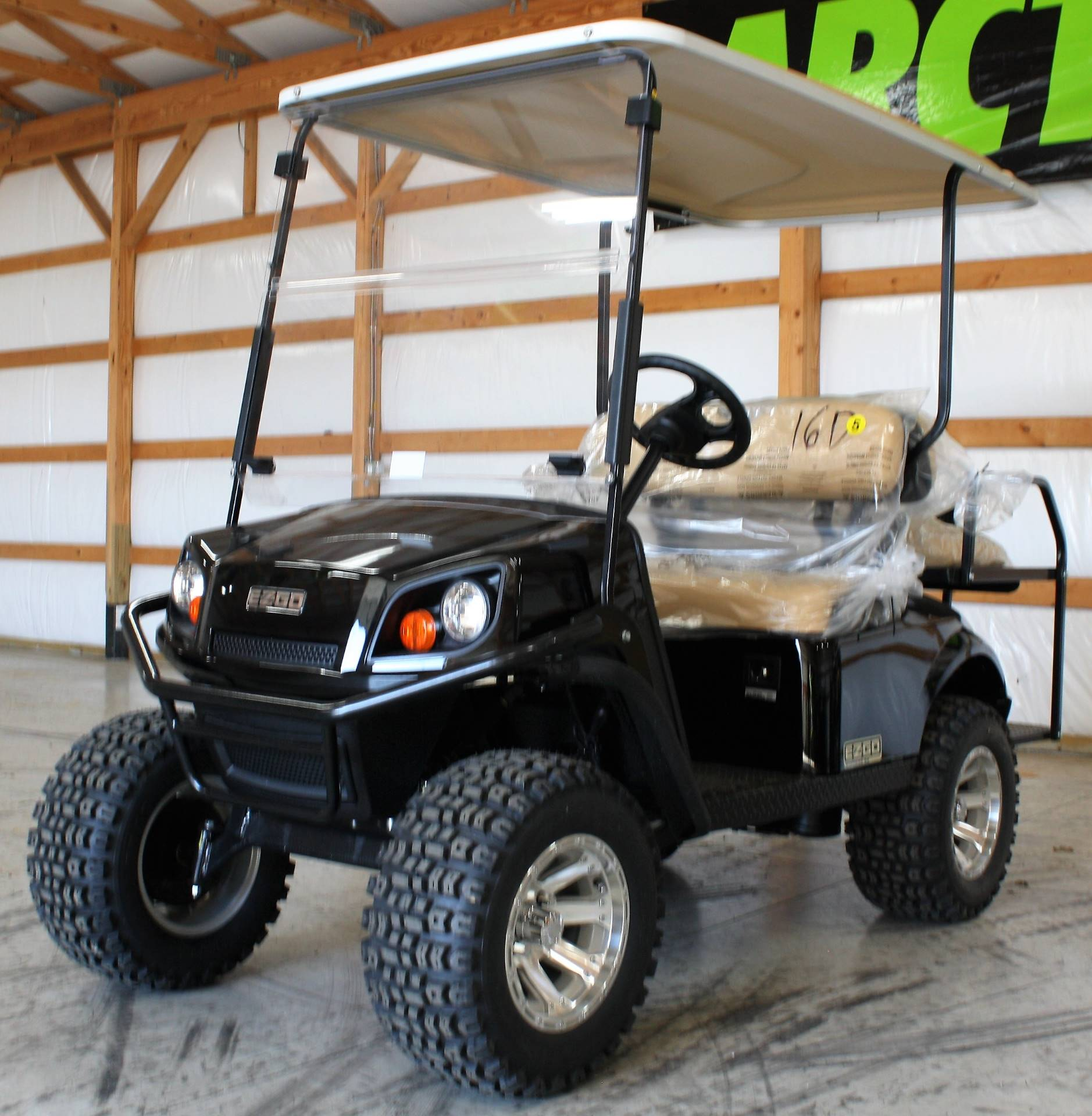 2019 E-Z-Go Express S4 in Campbellsville, Kentucky