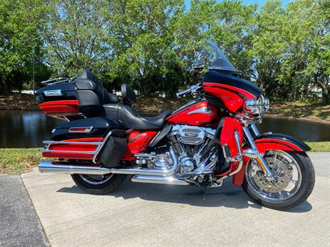 2016 Harley-Davidson CVO™ Limited in Sarasota, Florida - Photo 1