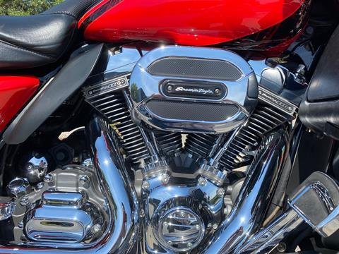 2016 Harley-Davidson CVO™ Limited in Sarasota, Florida - Photo 5