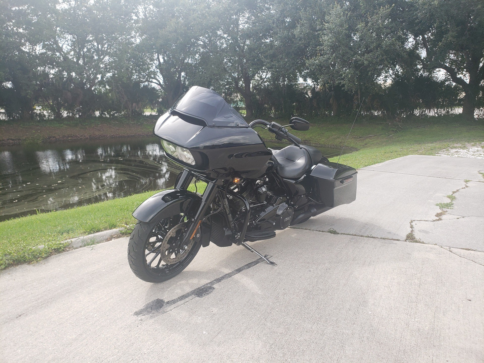 2019 Harley-Davidson Road Glide® Special in Sarasota, Florida - Photo 5