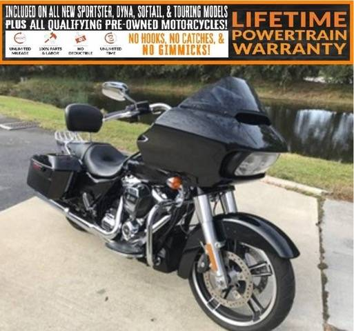 2017 Harley-Davidson Road Glide® Special in Sarasota, Florida - Photo 2