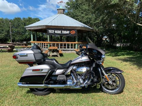 2017 Harley-Davidson Ultra Limited in Sarasota, Florida - Photo 12