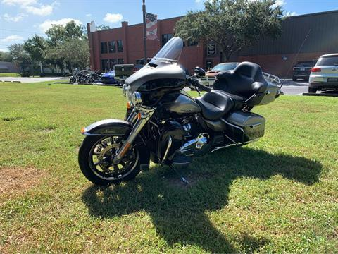 2017 Harley-Davidson Ultra Limited in Sarasota, Florida - Photo 6