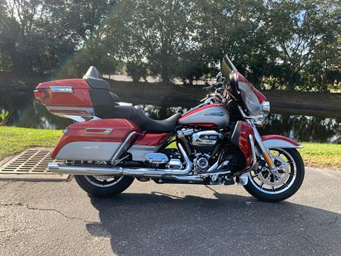 2019 Harley-Davidson Electra Glide® Ultra Classic® in Sarasota, Florida - Photo 2