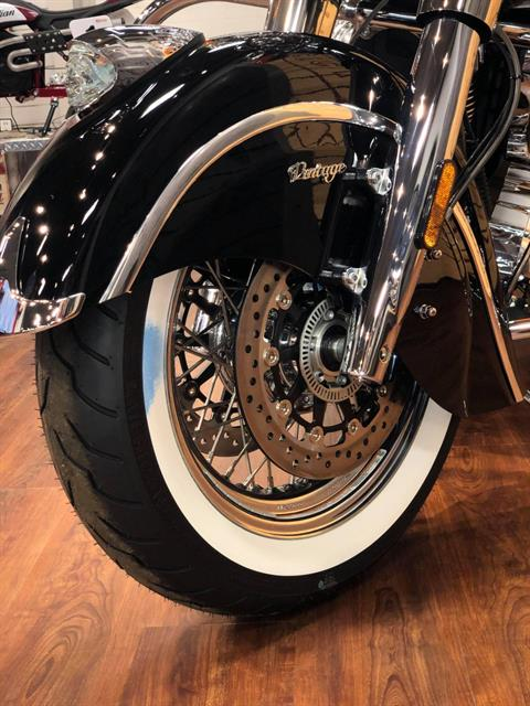 2020 Indian Chief® Vintage ABS in Saint Clairsville, Ohio - Photo 2
