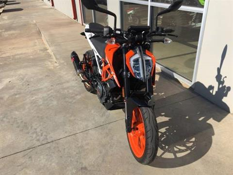 2017 KTM 390 Duke in Stillwater, Oklahoma - Photo 3