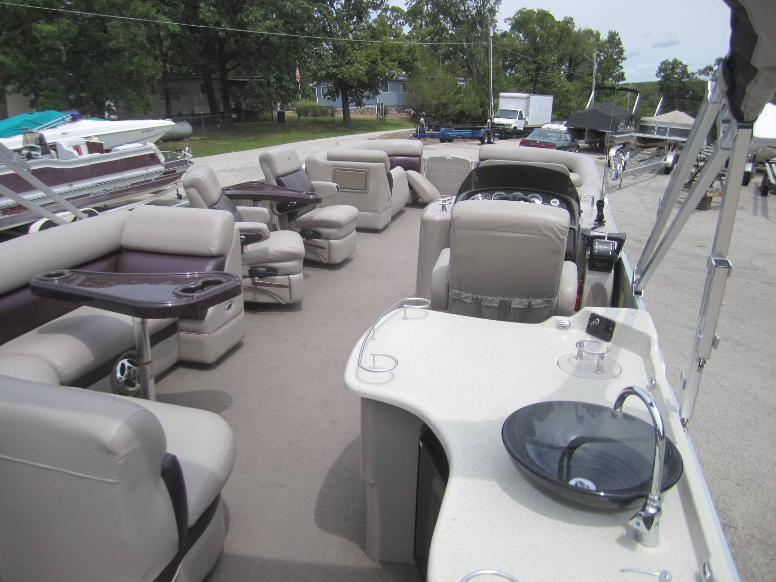 2010 Premier 310 Boundary Waters in Osage Beach, Missouri