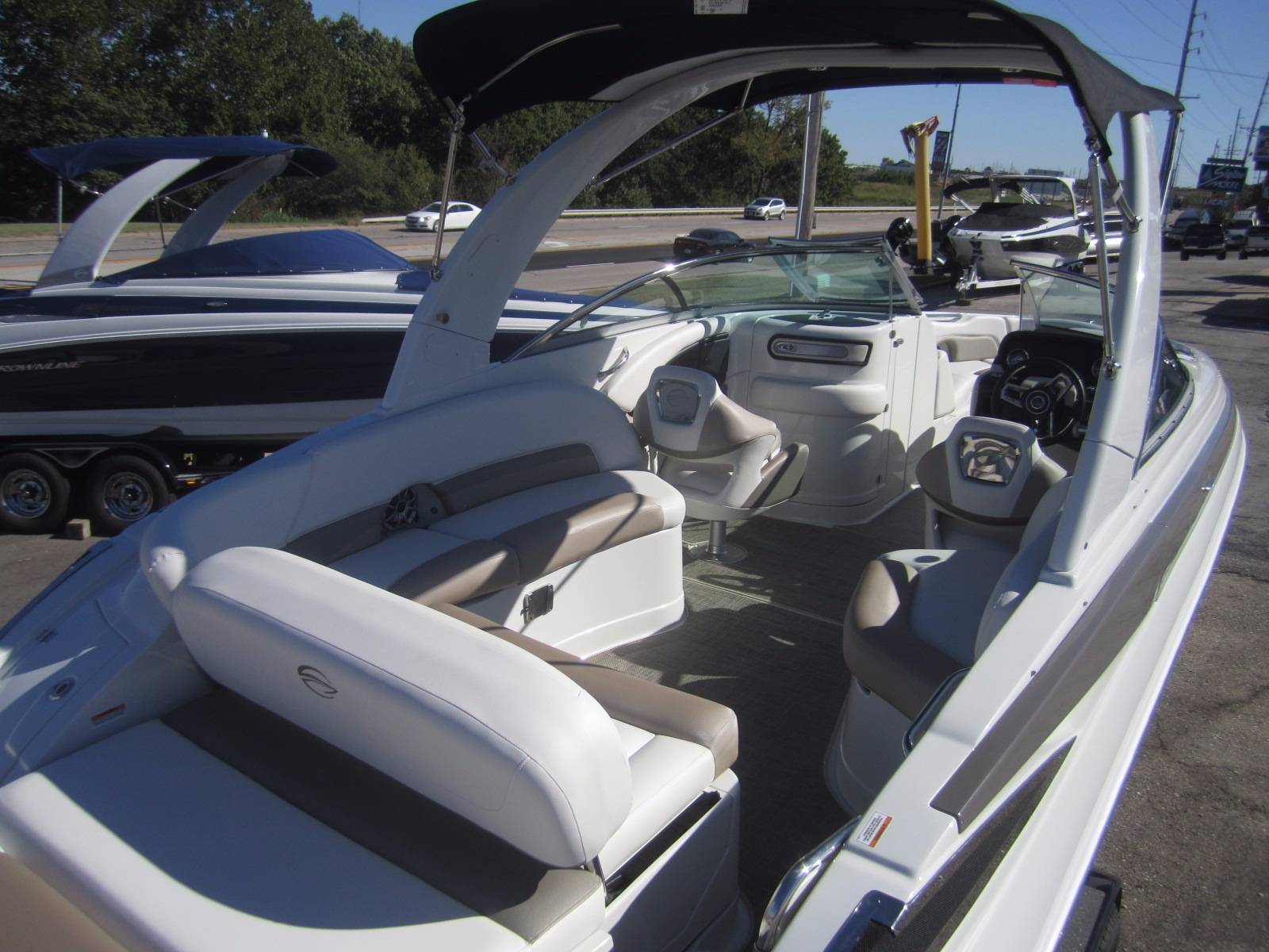 2018 Crownline 285SS in Osage Beach, Missouri