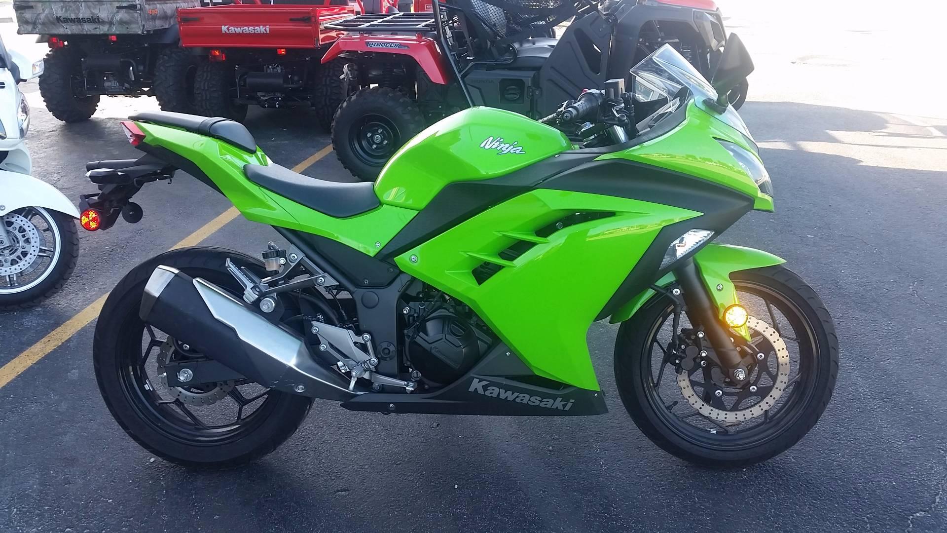 2015 Kawasaki Ninja® 300 in Fort Pierce, Florida
